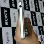 Gambar Xperia Z1 (Honami) - Atas