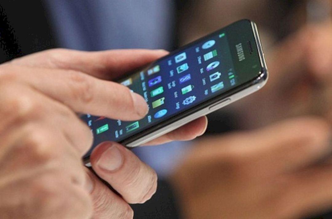 Mengatasi Layar Android Bergerak Sendiri
