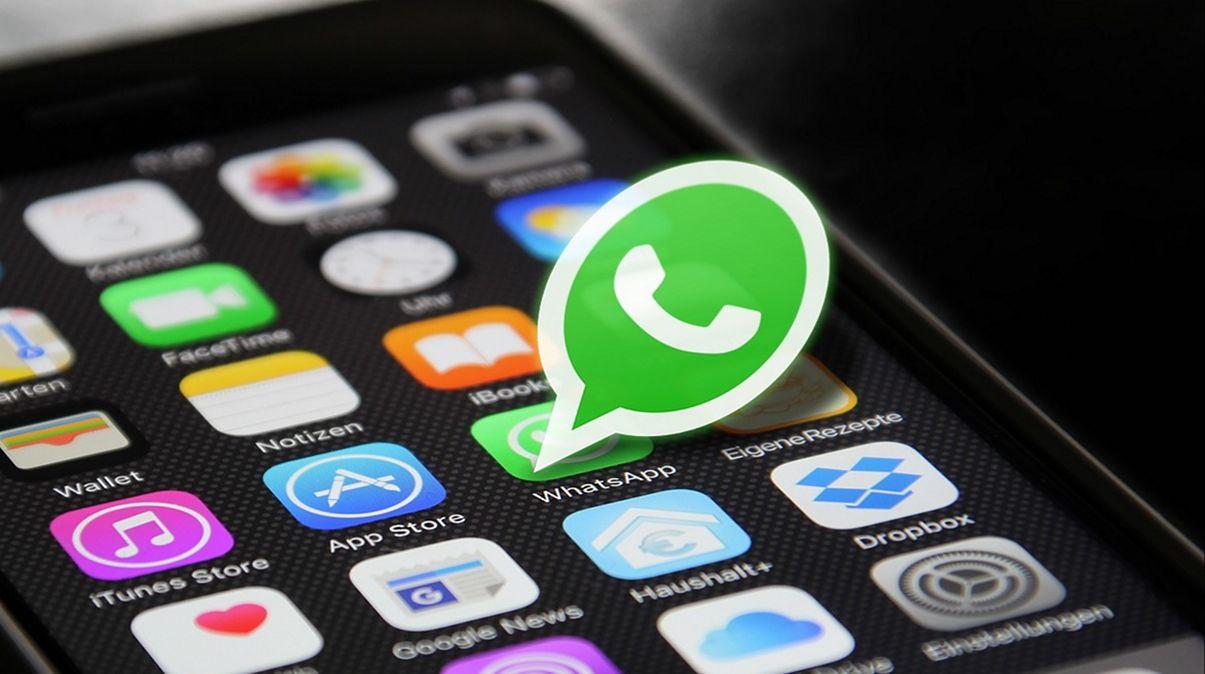 Cara Mengubah Fungsi Tombol di WhatsApp